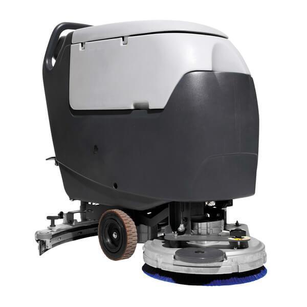 Große schwarz gestaltete Reinigungsmaschine CA 531 / Reinigungsautomat mit großem Polieraufsatz für schnelle Arbeiten ist hier sichtbar, frontal dargestellt.
