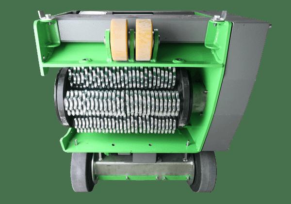 Die Bodenansicht der modernen Bodenfräsmaschine DBF-380 TWO-In-ONE verrät auf dem Bild viele anschauliche Details über die clever konzipierte Maschine.