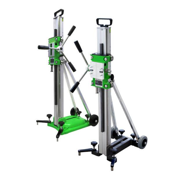 Exzellente Stabilität und aus hochwertigem Material produziert, zeichnet den Bohrständer Drill-35 der Serie Xpert bei seinen professionellen Arbeiten aus.