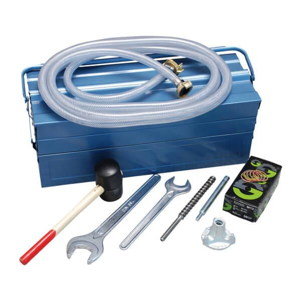 Sturdy metal case with a complete set of accessories, which can be used in numerous ways, enables fast working when drilling. Including copper rings or hammer.
