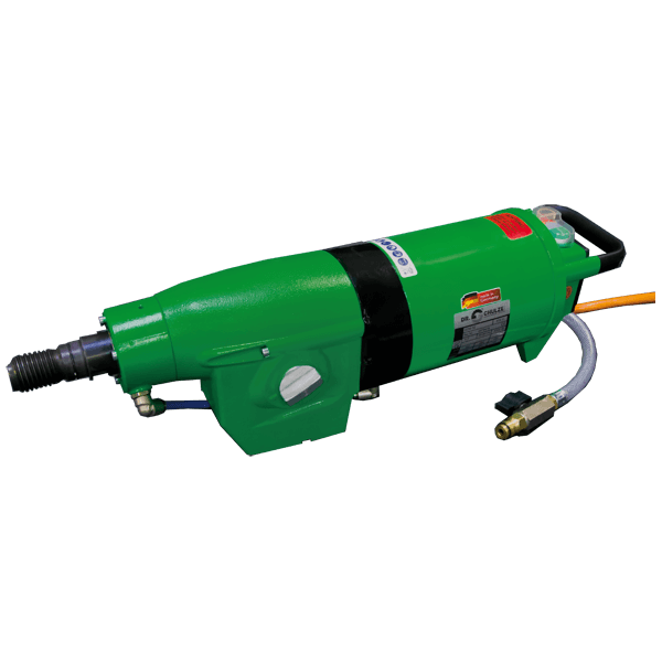 Elongated and green drill motor DDM-52 in use when drilling. Great time savings and safe work with the usual Dr. Schulze quality for a high performance.