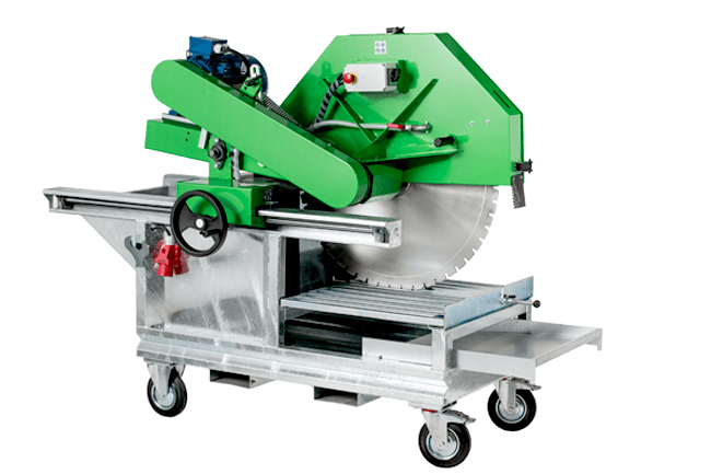 Green block saw with an electric 7.5 kW / 400 V drive for cutting discs Ø1000 mm and cutting depths up to 405 mm and four transport rollers.