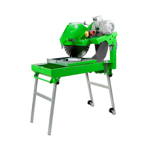 The BS-500 LST is a handy jigsaw with cutting discs of 500 mm in diameter, with guide rollers and guide strips made of stainless steel for safe working.