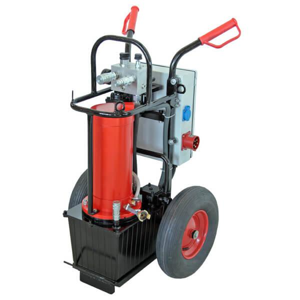 Red hydraulic unit A23-E with water-cooled 22 kW high-performance motor and low weight with on / off switch and large wheels for an easy transport.