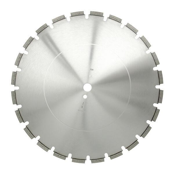 Auf diesem Bild sehen Sie eine runde Diamanttrennscheibe mit einem weitverzahnten Sandwichsegment für eine langlebige und schnelle Arbeitsweise.