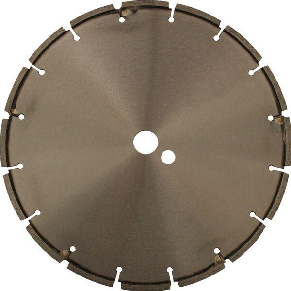 In der Mitte des Produktfotos der Diamanttrennscheibe RF-LB befindet sich die frontale Ansicht des Werkzeugs, die runde Form und dunkle Farbe ist gut erkennbar.