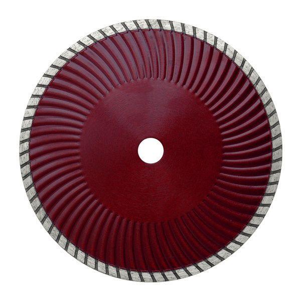 Die rote Diamanttrennscheibe Super Cut S besitzt einen Turbo Vollkranz und einen gewellten Kern zur Bearbeitung von unterschiedlichen Materialien.