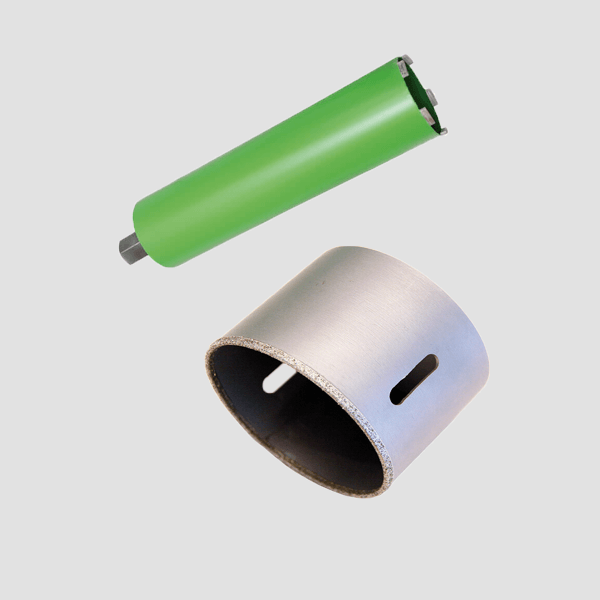 Gray and green dry core bits from Dr. Schulze GmbH. As usual, the highest quality optimizes working under difficult conditions. Safe work is guaranteed.